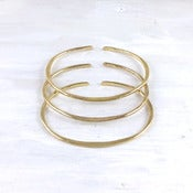 Image of elipse bangle