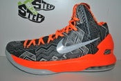 "Image of Nike KD V ""Black History Month"""
