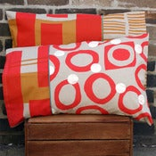 Image of pair of scarlet workingcloth pillowslips