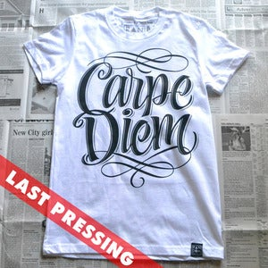 Image of Carpe Diem - Ladies tee
