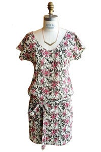 Image of T-shirt Tie Dress in Abstract Floral Pink Print
