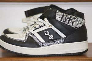 Image of Vintage 1980's British Knight Sneakers