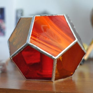 Image of Dodecahedron Lamp - fire colors