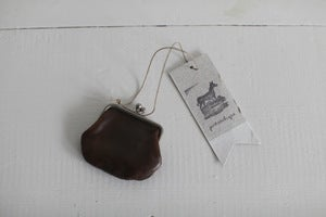Image of 1920s tiny leather purse