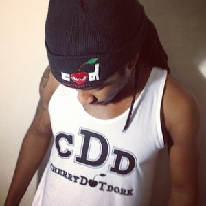 Image of Signature CDD tank (black x white)