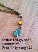 Image of Lucky Lady Shamrock Necklace - Limited Time - Free Shipping