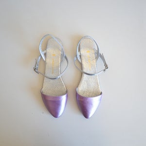 Image of Metallic lilac & silver pointed sandals