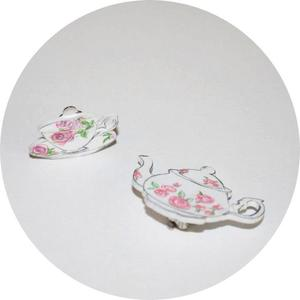 Image of Collar Adorments: Teapot and Teacup
