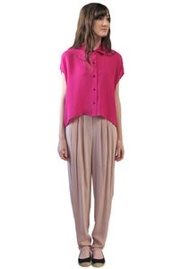 Image of FUCHSIA CROPPED BUTTON-UP