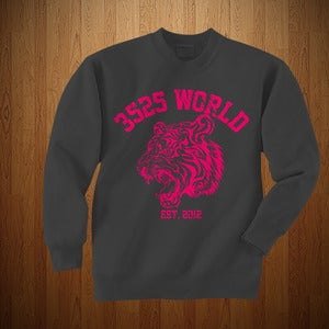 "Image of 3525 WORLD ""CREWNECK"" GREY & PINK"