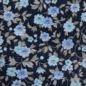 Image of Wallpaper/blue flowers